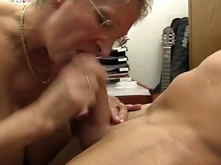XXX OMAS - Harmful Germany granny takes dick before office