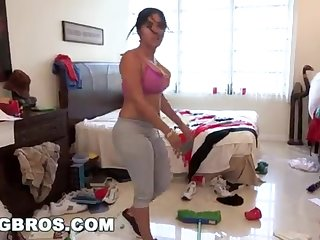 BANGBROS - Fat Bootie Cuban Lady Angelina Cleans And Gets Smashed!