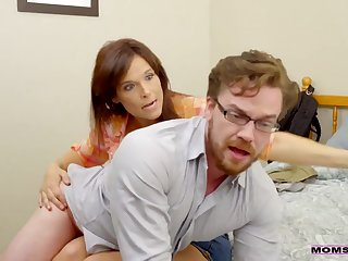 Unnatural stepmom Syren De Mer spanks her stepson