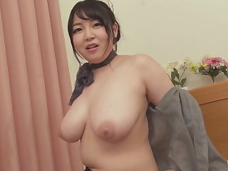 asian MILF with heavy boobs hot sex video