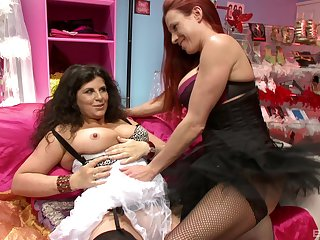 Passionate lesbian sex between Faye Rampton and Gilly Sampson