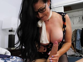 Sexy aged widow Alexandra Silk gets into pants of her new young lodger