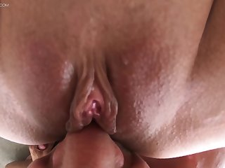 Slurping claw at one's disposal babe's ass and sniffing that pussy in advance beating it up