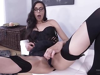 Homemade video of disputable Ashley The depths playing with a dildo