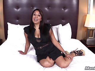 MP Diana gorgeous Latina Milf