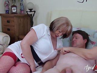 British mature ladies enjoying hardcore threesome sex about horny handy man