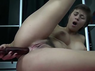 Toys in my Sweet little Ass Hole - Je Baise Mon Trou Du Cul by Vic Alouqua Vic Alouqua 720p