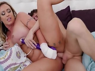 Eva Notty Giant Breasted Milf With Powerful Cock