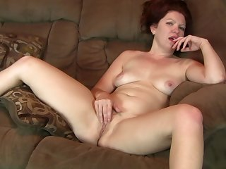 Video be incumbent on a mature wife having some dirty fun on good terms - Kimberlee Cline