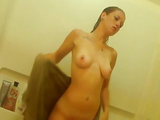 Incomparable Teen Takes A Shower