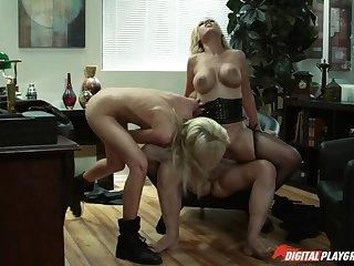 Body Heat - Scene 3